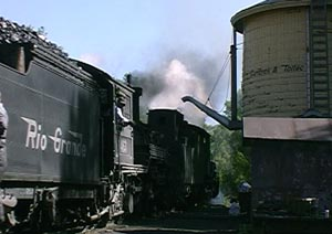463 and 489 in Chama Yard June 2000